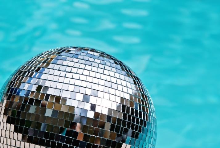 Sport In Diemen Wekelijks Discozwemmen Duran Zwembad Sport In Diemen